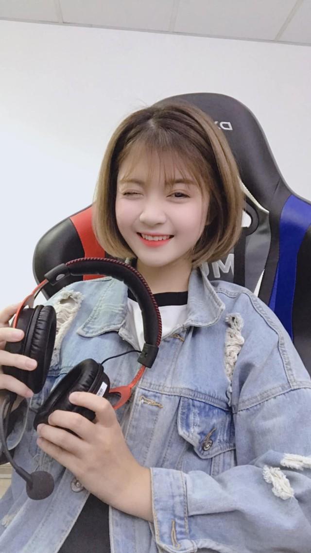 Trang Banana - gương mặt hot girl mới toanh và hứa hẹn gây sốt trong làng streamer Việt - Ảnh 2.