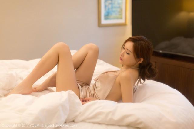 Mềm nhũn trước loạt ảnh nóng bỏng đầy khiêu khích của siêu mẫu Zhou Yan Xi - Ảnh 16.