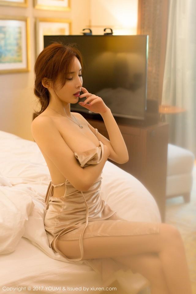 Mềm nhũn trước loạt ảnh nóng bỏng đầy khiêu khích của siêu mẫu Zhou Yan Xi - Ảnh 14.