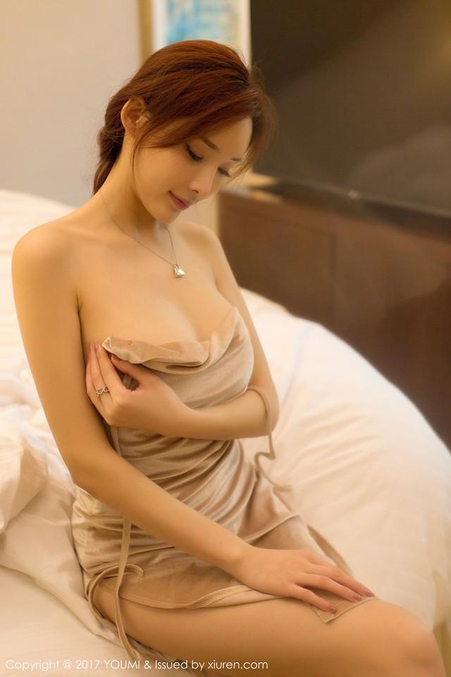 Mềm nhũn trước loạt ảnh nóng bỏng đầy khiêu khích của siêu mẫu Zhou Yan Xi - Ảnh 12.