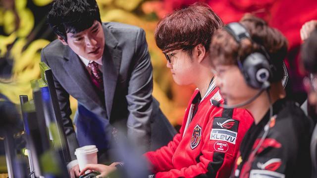 LMHT: Trước tin đồn chiêu mộ ngôi sao đường trên Huni, đội tuyển WE đã chính thức lên tiếng - Ảnh 4.