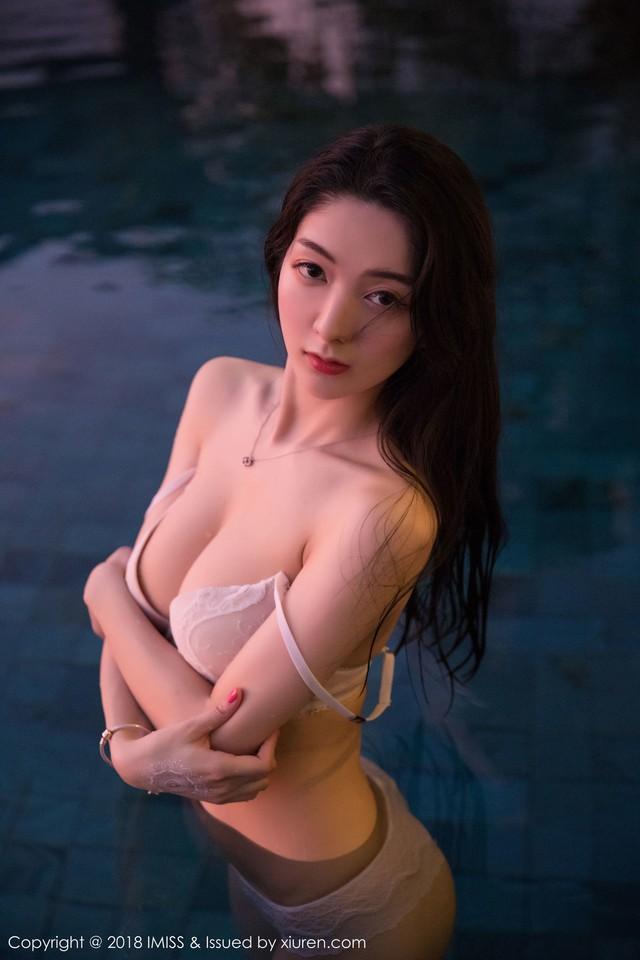 Phần đặc biệt: Nóng bỏng bất chấp gió mùa với vẻ gợi cảm thiên thần của cô giáo Xiao Reba - Ảnh 29.