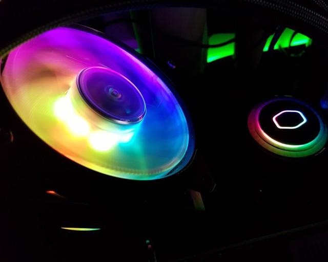 Đánh giá tản nhiệt Cooler Master MasterLiquid ML120R RGB - Đã ngon lại còn đẹp - Ảnh 1.
