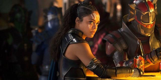 8 siêu anh hùng bị cho ra rìa trong trailer Avengers: Endgame - Ảnh 8.