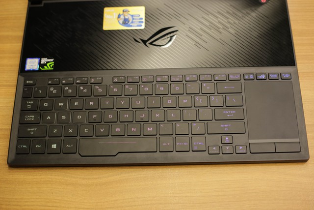 Trải nghiệm Asus ROG Zephyrus S GX531 - Laptop gaming mỏng nhẹ vẫn mạnh mẽ chiến game khỏe như trâu - Ảnh 3.