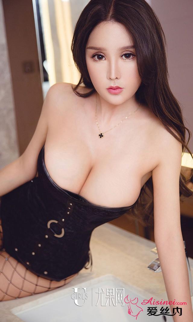 Mất máu đầu tuần với bộ ảnh không thể gợi cảm hơn của Miss Perfect Bai Yizhen - Ảnh 4.