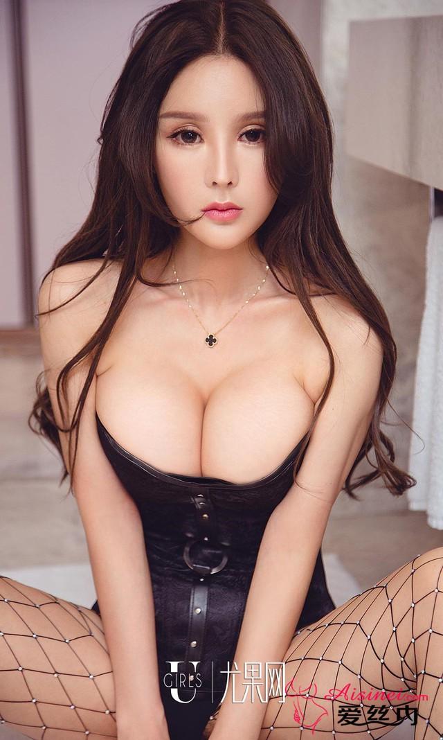 Mất máu đầu tuần với bộ ảnh không thể gợi cảm hơn của Miss Perfect Bai Yizhen - Ảnh 23.