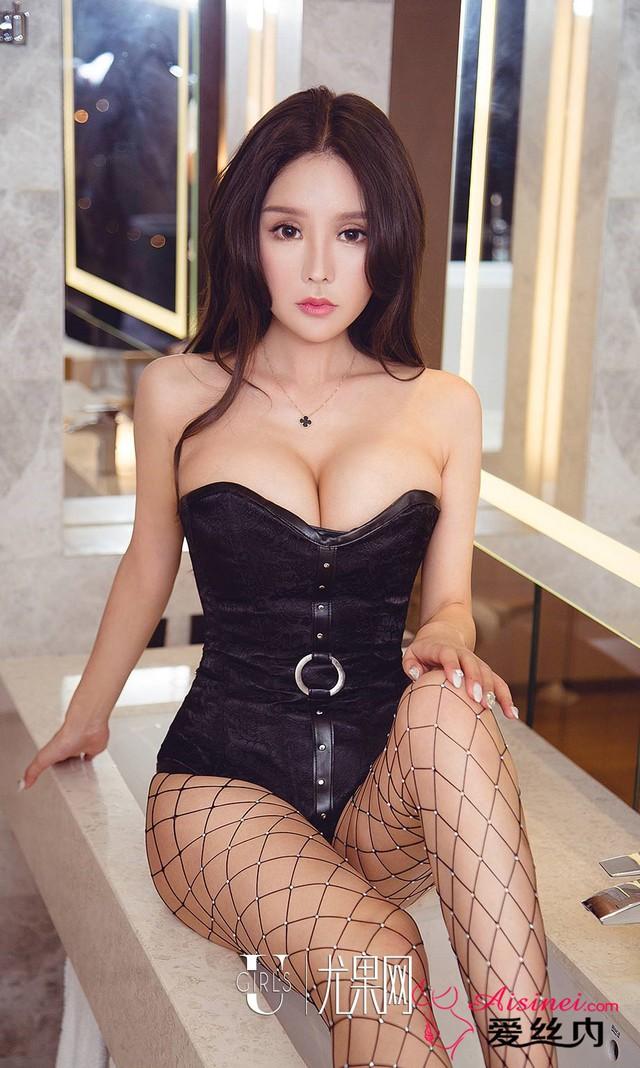 Mất máu đầu tuần với bộ ảnh không thể gợi cảm hơn của Miss Perfect Bai Yizhen - Ảnh 28.