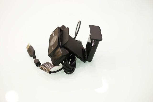 Thiết kế của Logitech C922 rất thông minh.