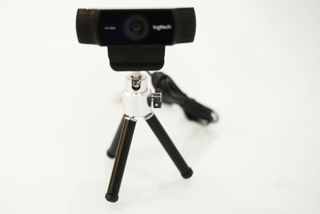 Cận cảnh Logitech C922 tại Việt Nam - Webcam tuyệt vời rất đáng đầu tư với các streamer