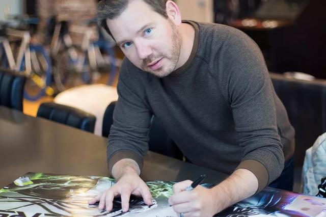 Làm game chỉ toàn thua lỗ, cha đẻ Gears of Wars tuyên bố nghỉ hưu non - Ảnh 1.