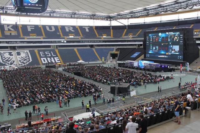 ESL One Frankfurt tại Commerzbank Arena