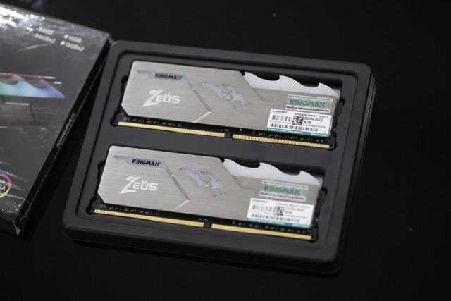 Nổi tiếng là hãng RAM xấu xí, nhưng Kingmax đang bắt game thủ phải nhìn lại mình với Zeus Dragon RGB - Ảnh 2.