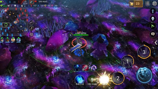 Màu tím đầy huyền ảo, trải khắp bản đồ khiến những game thủ trải nghiệm có cảm giác như nhân vật chiến đấu trong vũ trụ bao la vậy.