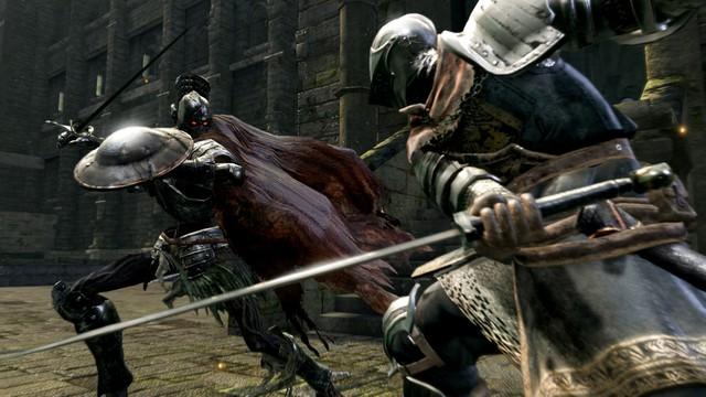 Không chỉ khiến bạn khóc dở, mếu dở trong phòng chơi game, giờ đây Dark Souls sẽ có thể hành bạn ở bất cứ nơi đâu - Ảnh 2.