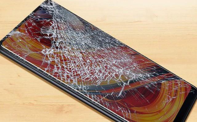 Smartphone giá rẻ: Khi tiết kiệm lại trở thành không tiết kiệm - Ảnh 2.