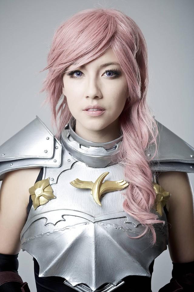 5 nữ nghệ sĩ cosplay kiếm tiền giỏi nhất trên thế giới, ai cũng gợi cảm và quyến rũ đốt mắt người xem - Ảnh 3.