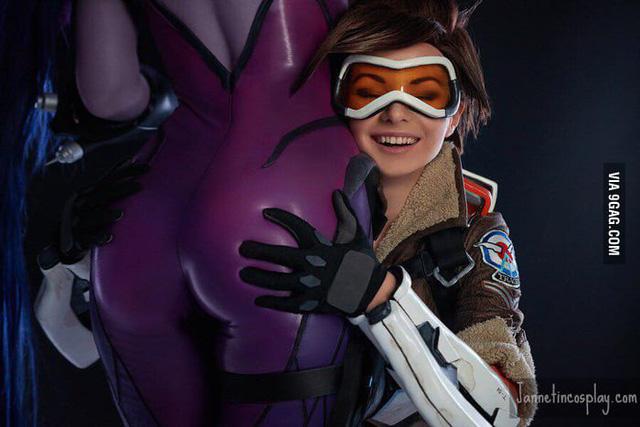 5 nữ nghệ sĩ cosplay kiếm tiền giỏi nhất trên thế giới, ai cũng gợi cảm và quyến rũ đốt mắt người xem - Ảnh 17.
