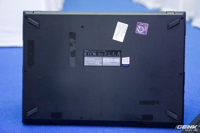 Cận cảnh laptop chơi game Asus F560 giá rẻ cho học sinh, sinh viên: GTX 1050, viền mỏng NanoEdge, sạc nhanh 50% trong 39 phút - Ảnh 14.