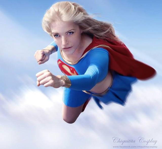 Cùng ngắm nhìn những màn cosplay Supergirl bỏng mắt từ dàn mỹ nhân trên khắp thế giới - Ảnh 2.