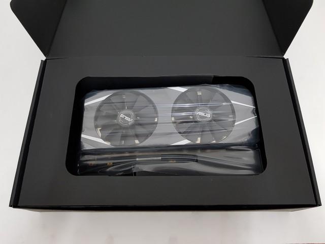 Đập hộp Asus RTX 2080 Dual - Một trong những bản custom đầu tiên ra mắt thị trường - Ảnh 3.