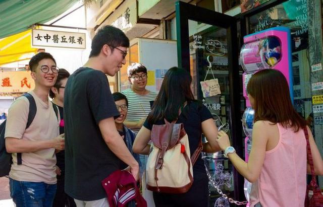 Tại Hồng Kông có hẳn một cỗ máy bán hàng thần kỳ, chuyên giúp FA tìm cuộc hẹn với người ấy - Ảnh 6.