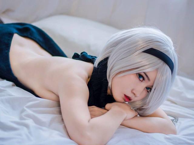 Suýt trớ sáng thứ Bảy với loạt ảnh cosplay cô nàng 2B đầy táo bạo và gợi cảm - Ảnh 15.