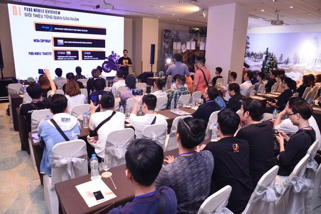 Viruss, Độ Mixi bất ngờ xuất hiện khiến nhiều người phấn khích tại lễ tri ân cộng đồng PUBG Mobile của VNG - Ảnh 9.