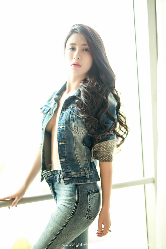 Cá tính với vẻ đẹp hút hồn của cô nàng Lili Qiqi Xixi - Ảnh 1.
