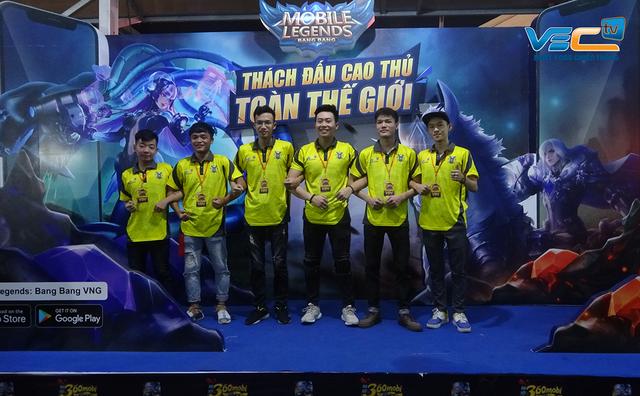 Giao hữu quốc tế Mobile Legends Bang Bang VNG: Nhà vô địch Việt Nam VEC Fantasy Main thúc thủ trước đại diện tới từ Philippines - Ảnh 4.