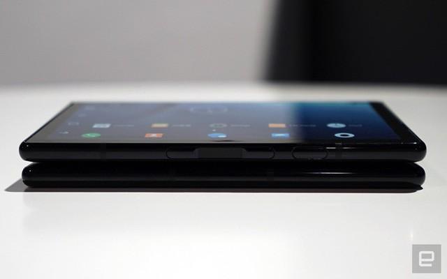 [CES 2019] Trên tay Royole Flexpai - điện thoại màn hình gập đầu tiên trên thế giới - Ảnh 19.