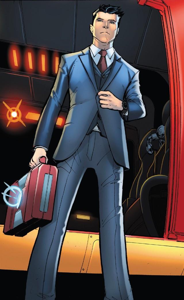 Arno Stark cùng bộ giáp God-Killer sẽ... thay thế Iron Man Tony Stark trong truyện tranh? - Ảnh 3.