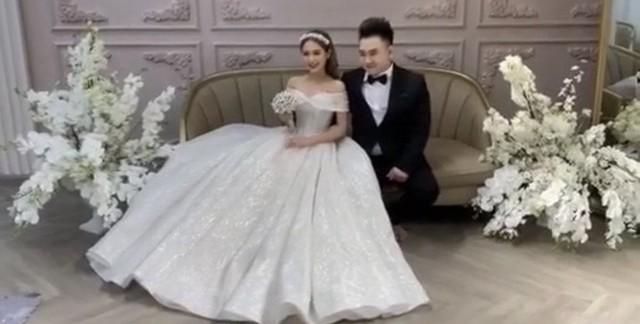 Lộ ảnh cưới của streamer nổi tiếng Xemesis và bạn gái hot girl kém 13 tuổi: Ngày về chung nhà đã không còn xa - Ảnh 3.