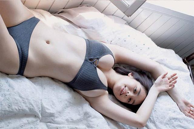 Đây chính là hot girl sở hữu đôi gò bồng đảo cup H cực phẩm, đẹp phồn thực nhất Nhật Bản - Ảnh 11.