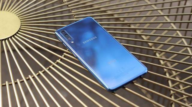 Những smartphone của Samsung không thể bỏ qua thời điểm hiện tại 2019 - Ảnh 10.