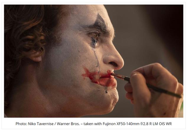 Ảnh hậu trường phim Joker siêu lung linh được chụp từ chiếc máy ảnh đời cũ - Ảnh 2.
