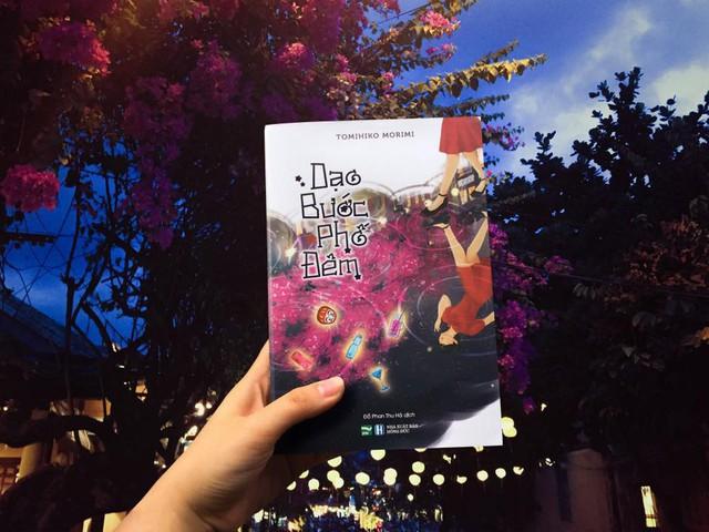 Ra mắt tiểu thuyết Dạo bước phố đêm: Giấc mộng kỳ ảo và lãng mạn của tuổi thanh xuân - Ảnh 2.