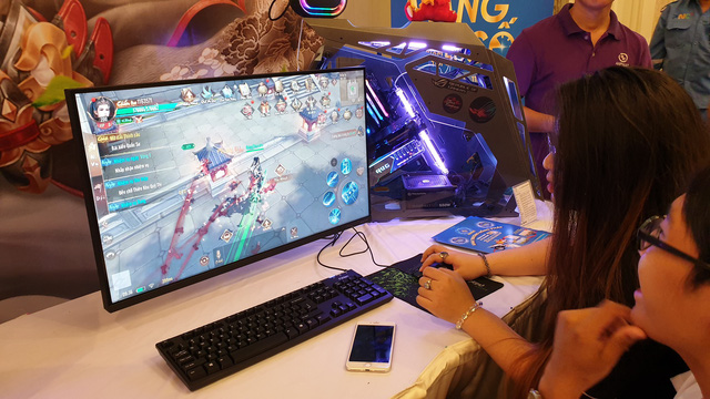 """Thuê dàn PC """"200 củ"""" chỉ để người chơi test game, Cửu Kiếm 3D thật biết cách show hàng nền đồ họa cực phẩm - Ảnh 7."""