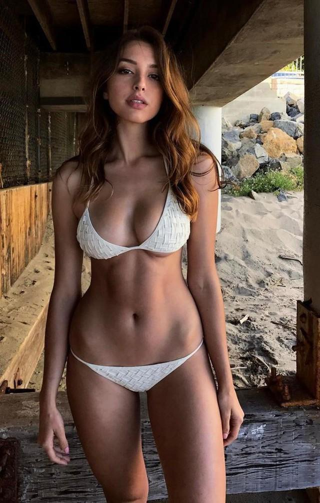 Cận cảnh nhan sắc quyến rũ của hot girl nóng bỏng và gợi cảm số một mạng xã hội - Ảnh 6.