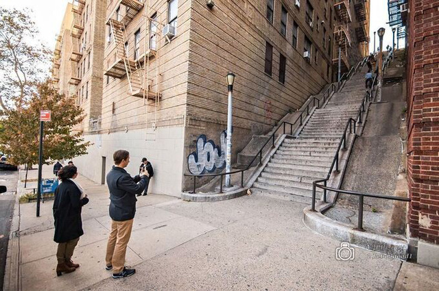 Người dân bức xúc khi chiếc cầu thang vô danh trong Joker bất ngờ trở thành điểm hút khách du lịch - Ảnh 13.