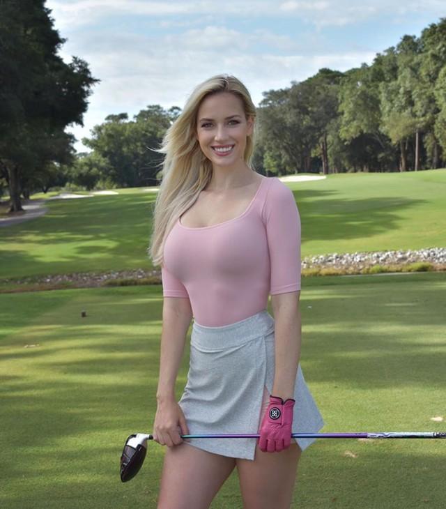 Nhan sắc nữ golf thủ nóng bỏng, mặc áo khoe ngực tới mức bị dọa giết vì quá quyến rũ - Ảnh 15.