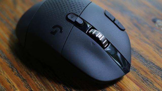 Dùng chuột gaming méo nhất thế giới sẽ ra sao? - Ảnh 8.