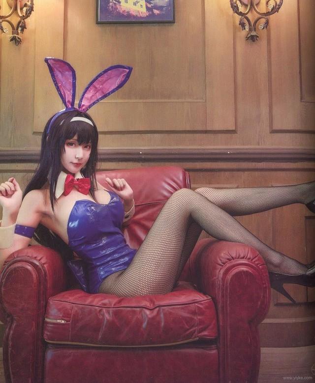 Chảy máu mũi với loạt ảnh cosplay cô nàng Kasumigaoka Utaha khoe vòng 1 nở nang - Ảnh 13.