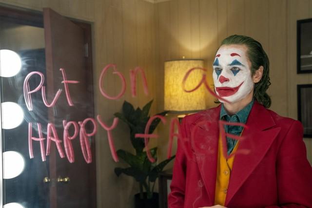 Joker và những gã hề ám ảnh nhất lịch sử điện ảnh - Ảnh 1.