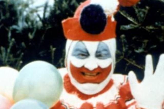 Tổng hợp 15 Easter Egg chỉ fan cứng mới soi được trong The Joker (2019) - Ảnh 7.