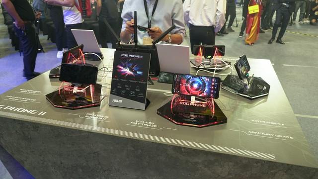 Một vòng Asus Expo 2019 kỷ niệm 30 năm thành lập tại Việt Nam: Cả loạt sản phẩm công nghệ cao sẽ khiến game thủ đê mê - Ảnh 7.