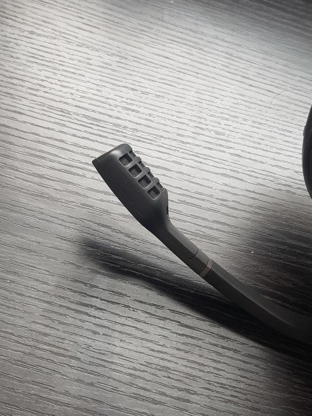 Tai nghe gaming không dây xịn xò Sennheiser GSP 670, chuyên dành cho game thủ tiền không phải là vấn đề - Ảnh 7.