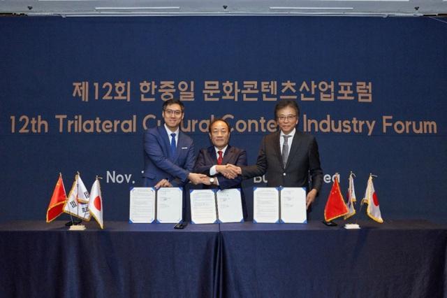 Đại diện hiệp hội eSports của Trung, Hàn, Nhật ký kết biên bản cùng nhau phát triển thể thao điện tử - Ảnh 1.