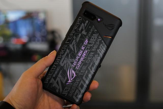 ROG Phone 2 chính hãng tại Việt Nam có giá 22 triệu đồng, gần gấp đôi hàng xách tay - Ảnh 3.