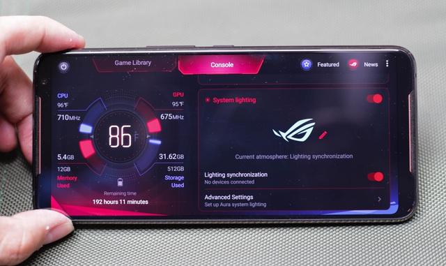 Nắn tận tay ROG Phone 2: Smartphone gaming hơn 20 triệu liệu chơi có sướng như lời đồn - Ảnh 9.